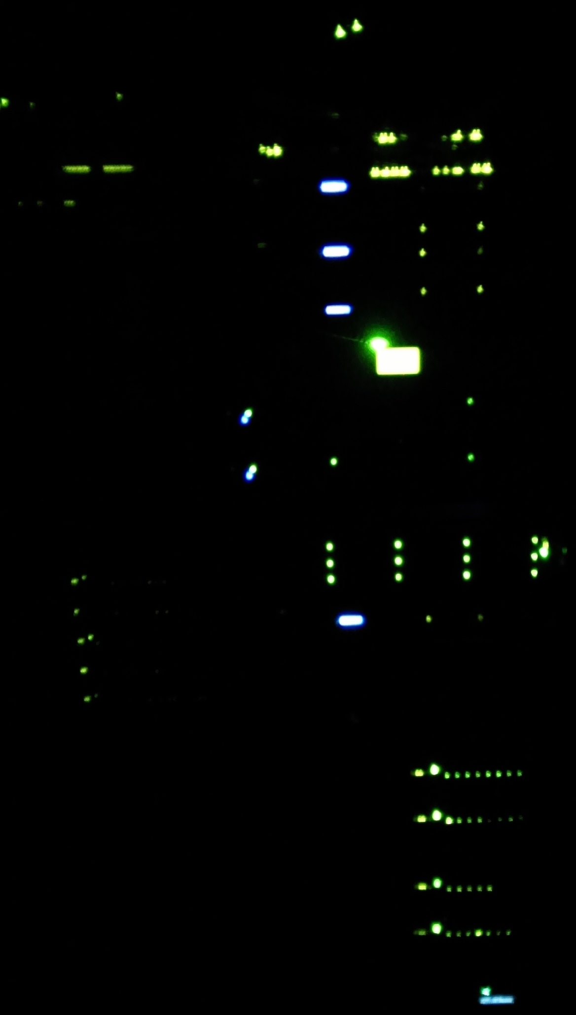 datacenter-night-01